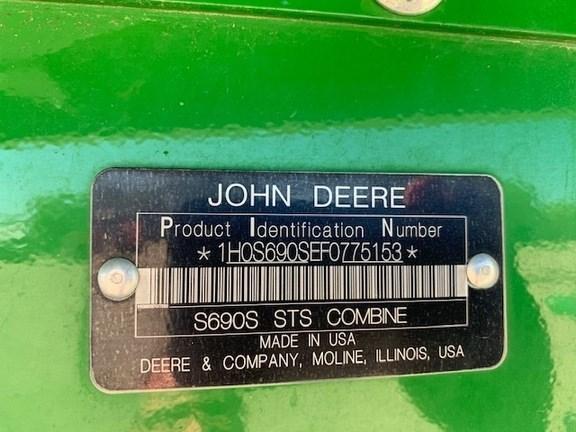 2015 John Deere S690 Image 25