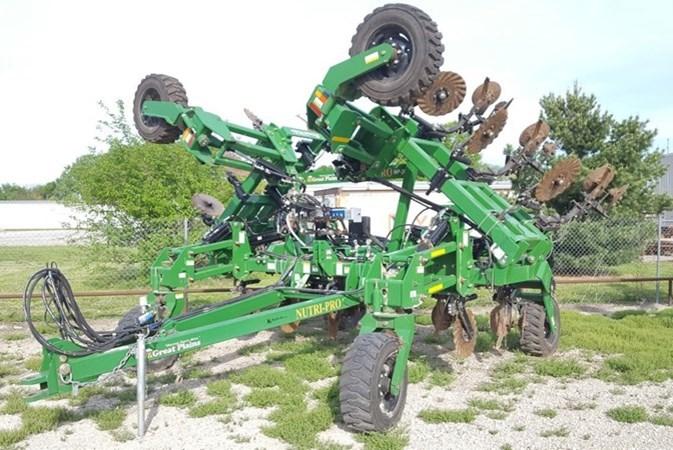 2014 Great Plains NP30 Fertilizer Spreader For Sale