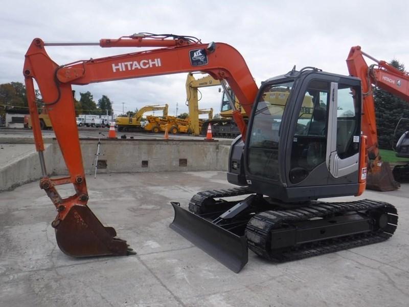 2011 Hitachi ZX75US-3 Image 2