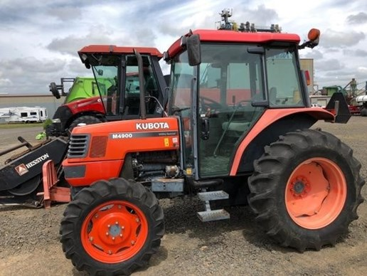 Tractor For Sale: 2002 Kubota [...]