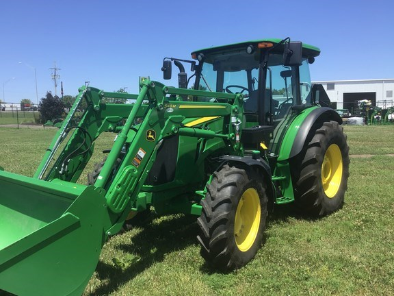 2017 John Deere 5090M Tractor - Utility For Sale