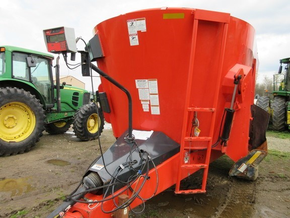2015 Kuhn Knight VT156 Grinder Mixer For Sale
