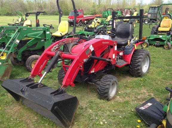 2014 Mahindra eMax22 Tractor - Compact Utility For Sale
