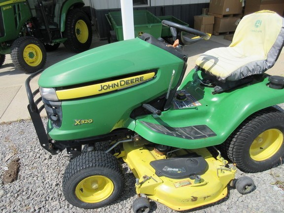 2013 John Deere X320 Lawn Mower For Sale