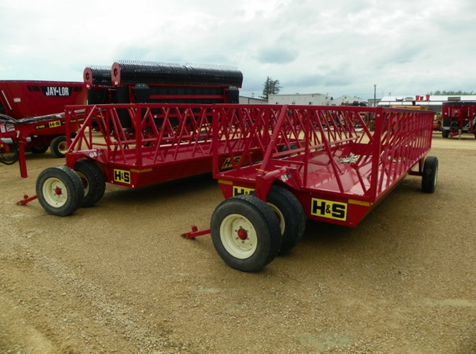 2019 H & S SB20 Bale Feeder For Sale