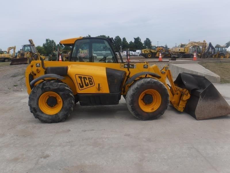 JCB 541-70 AGRI PLUS Image 5