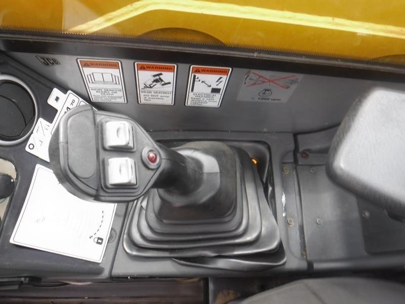 JCB 541-70 AGRI PLUS Image 23