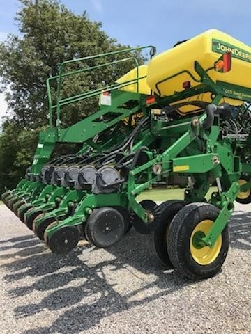 2011 John Deere 1790 CCS Planter For Sale
