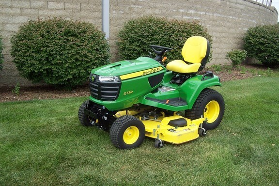 2017 John Deere X730 Riding Mower For Sale