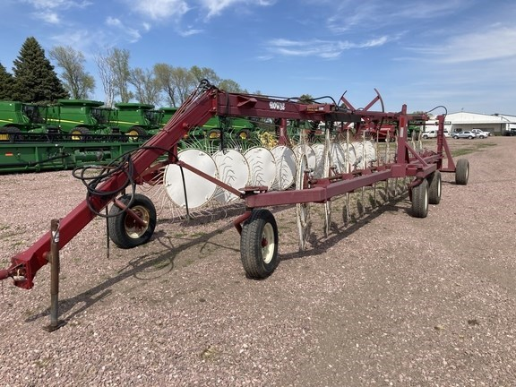 2013 Rowse W20 Hay Rake For Sale