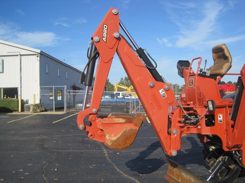 2012 Ditch Witch RT95 Image 2