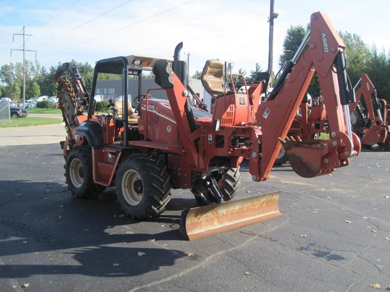 2012 Ditch Witch RT95 Image 10