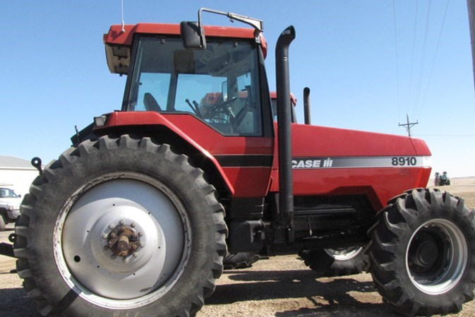 1998 Case IH 8910 MFD Tractor For Sale