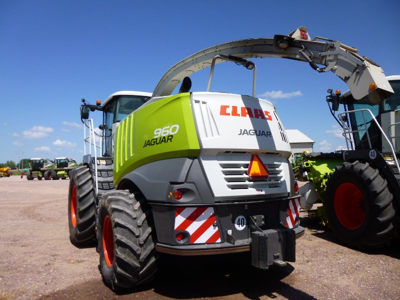 2011 CLAAS 960 Image 4
