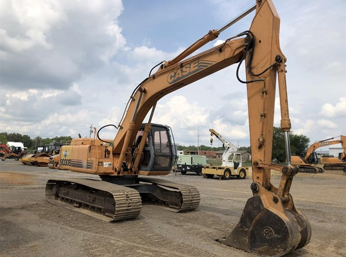 2000 Case 9030B Excavator-Track For Sale