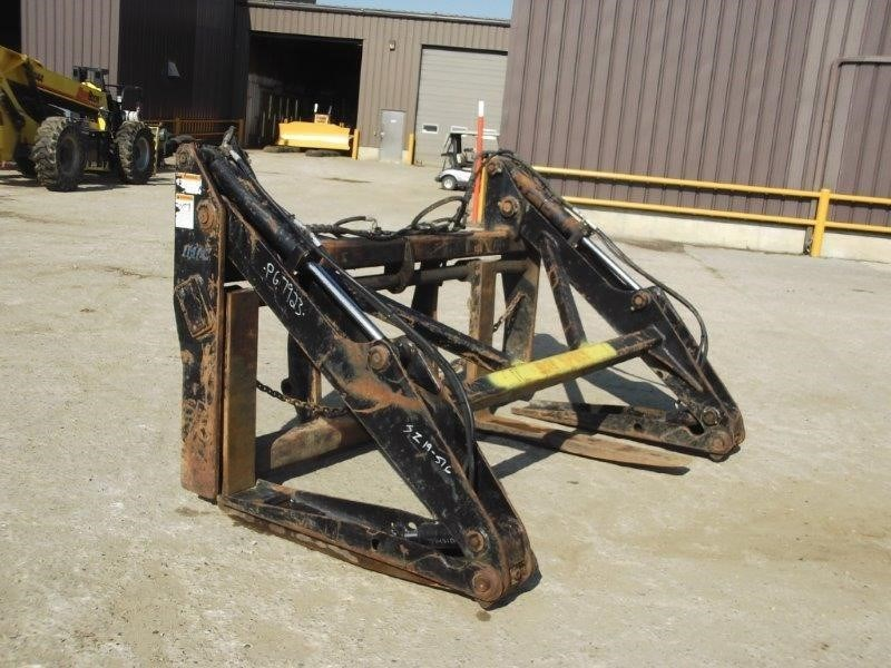 CWS Industries (Mfg) Corp. PIPE/POLE GRAPPLE WITH CAT-IT LUGS Image 1