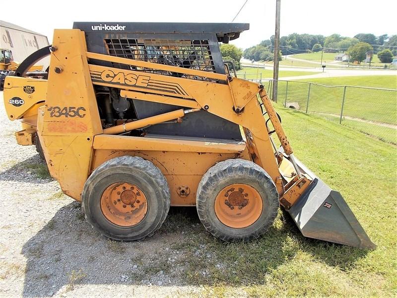 1995 Case 1845C Image 5