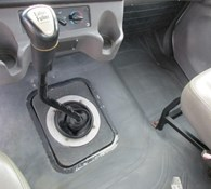 2005 Freightliner BUSINESS CLASS M2 106 Thumbnail 11