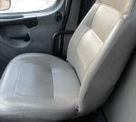 2005 Freightliner BUSINESS CLASS M2 106 Thumbnail 12