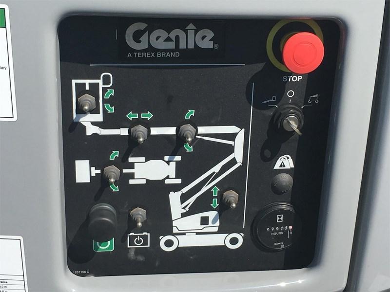 2017 Genie Z33/18 Image 15