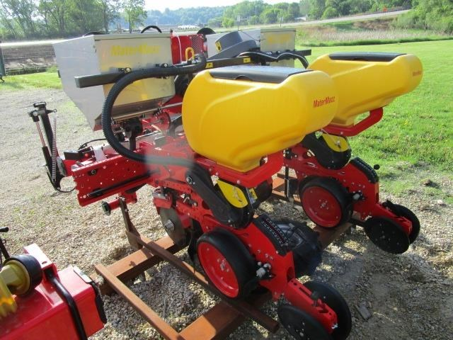 2017 MaterMacc 8200 2 Row Planter For Sale