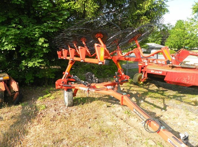 Pequea HR10 Hay Rake For Sale