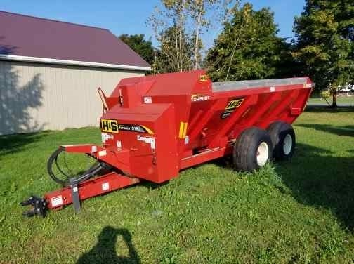 2012 H & S MS5120 V TANK Manure Spreader-Dry/Pull Type For Sale