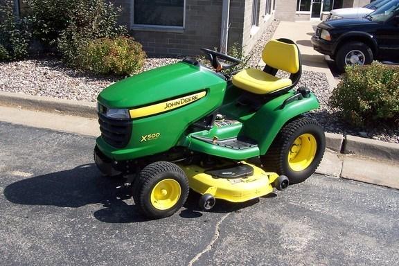2007 John Deere X500 Riding Mower For Sale