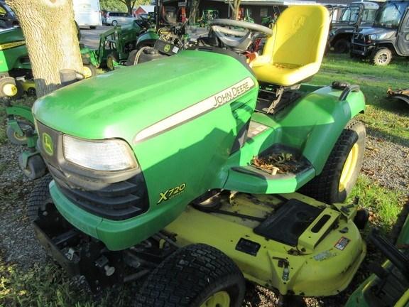 2007 John Deere X720 Lawn Mower For Sale