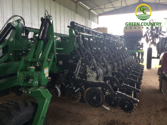 2014 Great Plains Yp2425a 48tr Planter For Sale Green Country