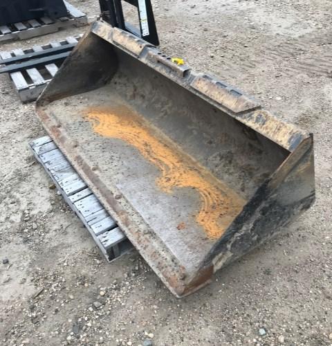 2016 Case 72' Dirt Bkt Attachment For Sale