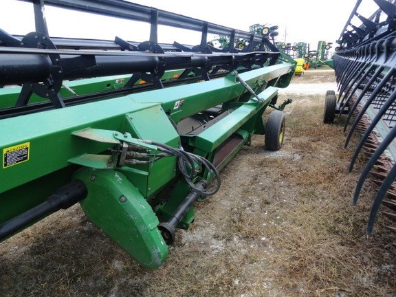2006 John Deere 936D Header-Draper/Rigid For Sale