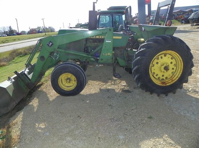 1978 John Deere 2640 Tractor For Sale