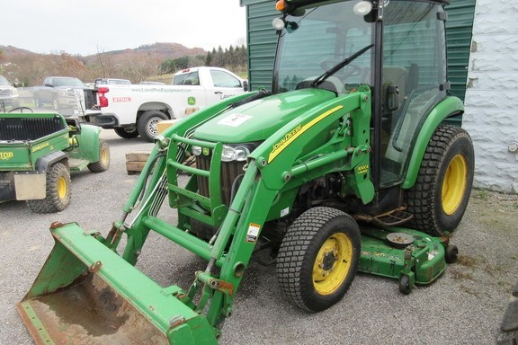 2007 John Deere 3320 Tractor For Sale