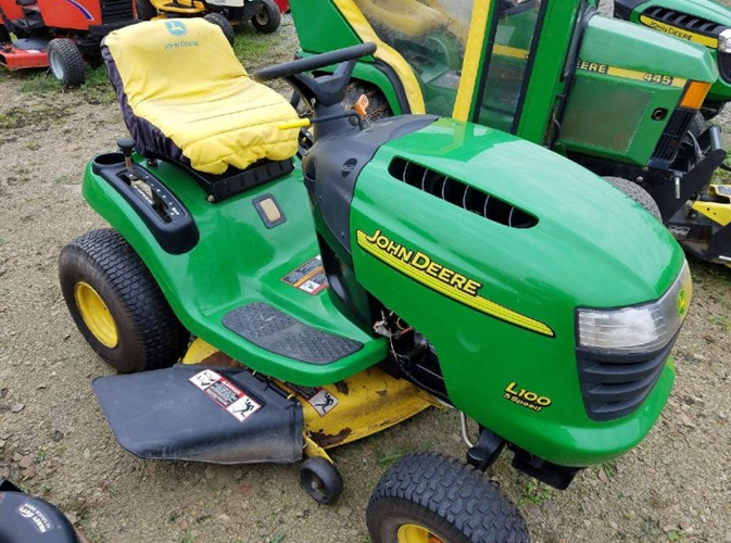John Deere L100 Tractor For Sale
