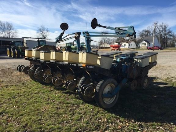 Kinze Ef Planter For Sale Wm Nobbe Co St Louis Missouri