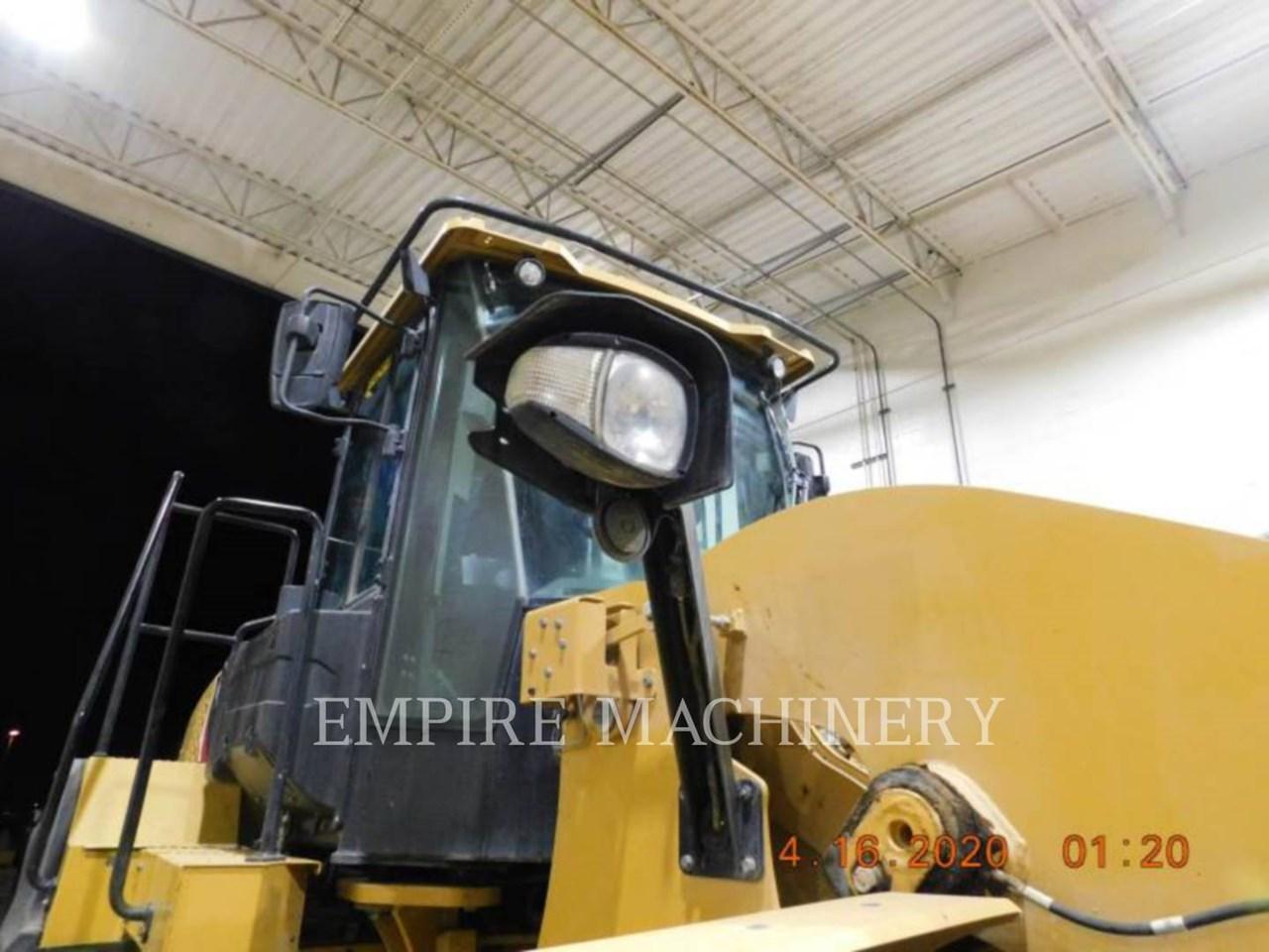 2015 Caterpillar 950M Image 6