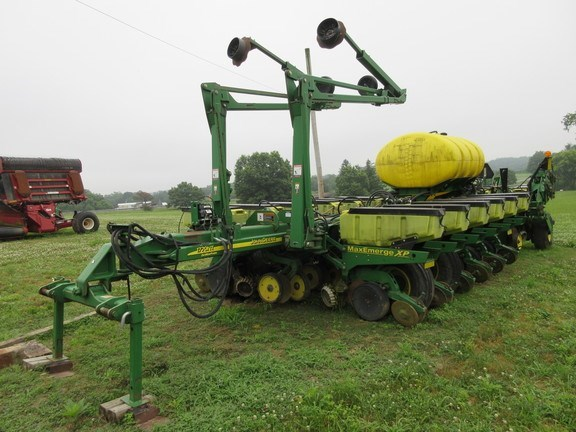 2010 John Deere 1770NT Planter For Sale