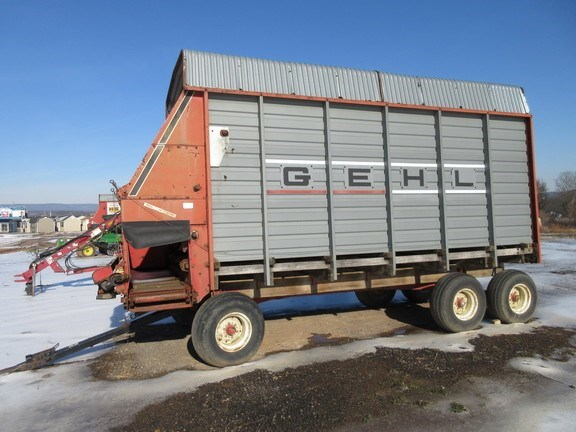 Gehl 970 Forage Blower For Sale