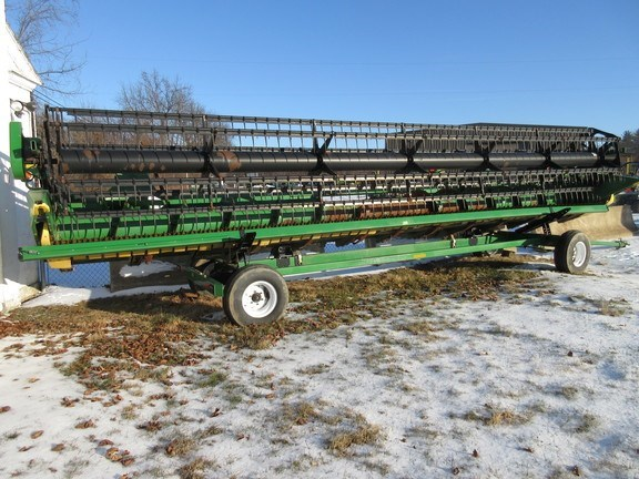 2011 John Deere 630F Head Combine Header-Auger/Flex For Sale