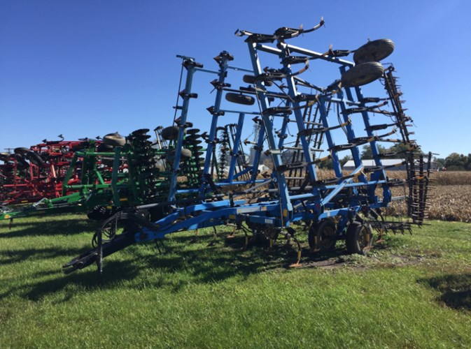 DMI Tigermate 30' Field Cultivator For Sale