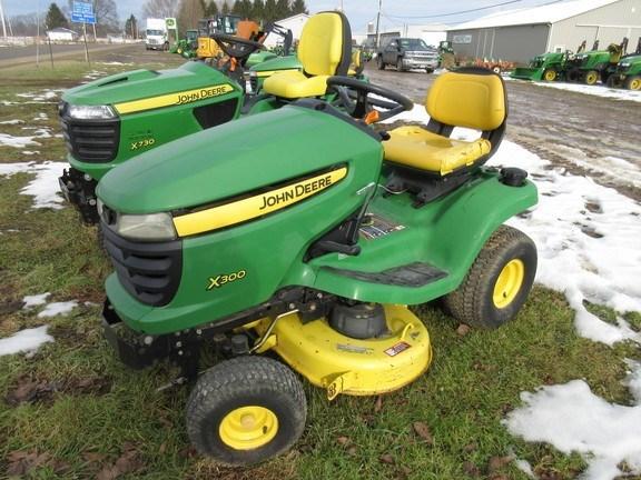 2007 John Deere X300 Lawn Mower For Sale