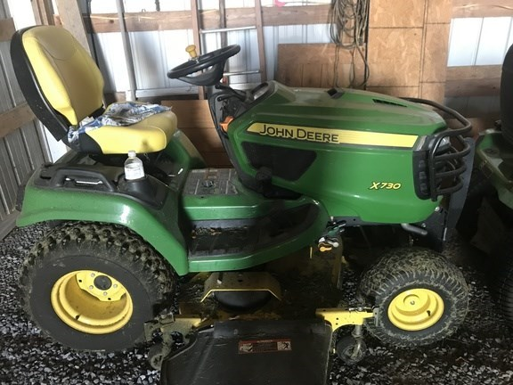 2013 John Deere X730 Riding Mower For Sale