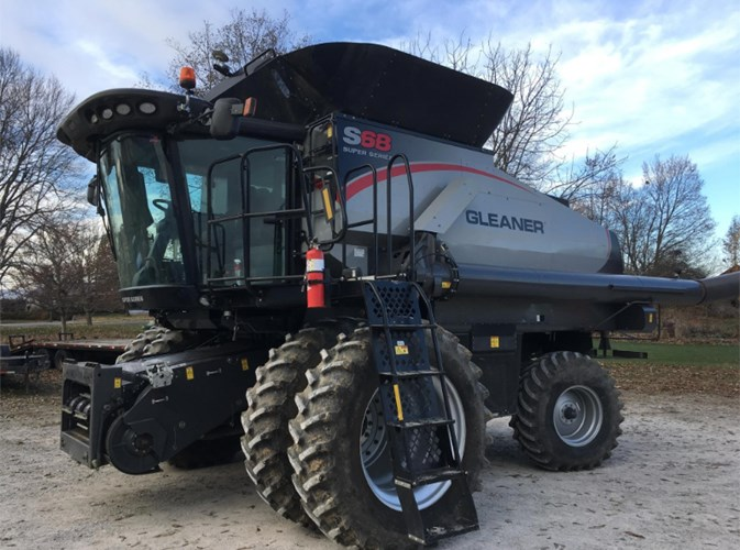 2014 Gleaner S68 Combine For Sale