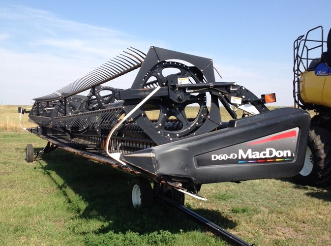 2010 MacDon D60 Header-Draper/Rigid For Sale