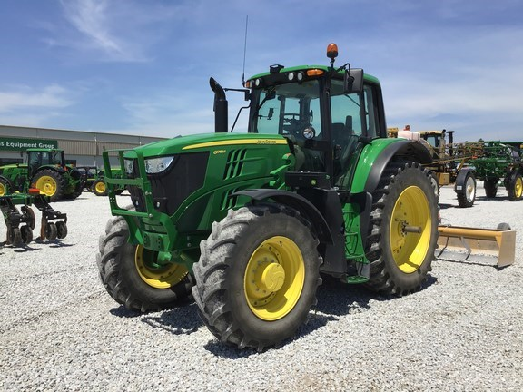 2017 John Deere 6175M Tractor - Row Crop For Sale