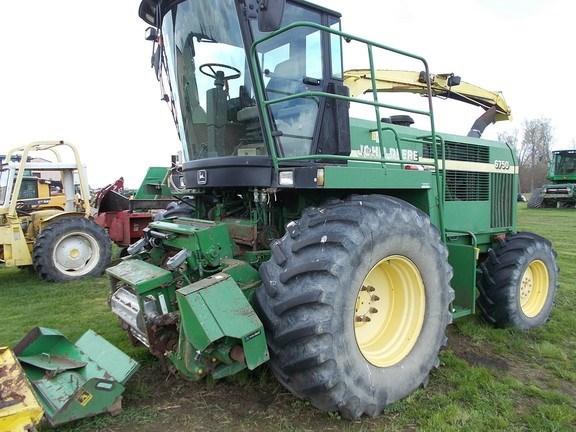 2002 John Deere 6750 Forage Harvester-Self Propelled For Sale