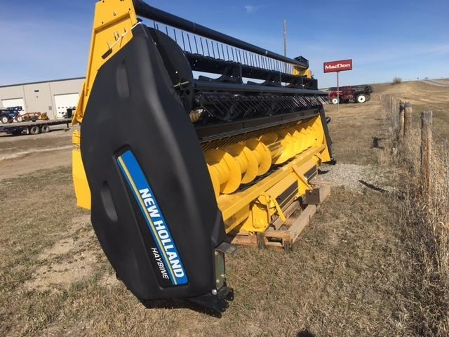 2017 New Holland HS18 BTO:-Rubber on rubber chevron Header-Auger For Sale