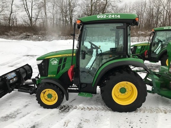 2016 John Deere 3046R Tractor For Sale
