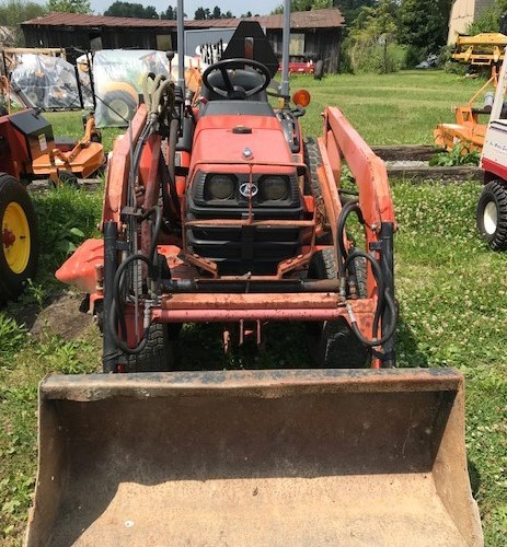 2003 Kubota B7500 Tractor - Compact For Sale